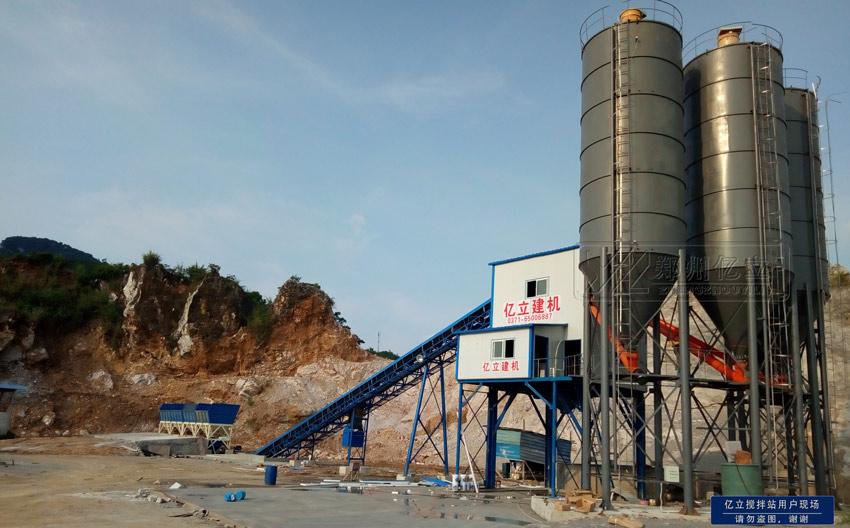 柳州混凝土搅拌站设备用户现场